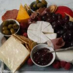 How to put together a quick and easy meat and cheese board in 10 minutes